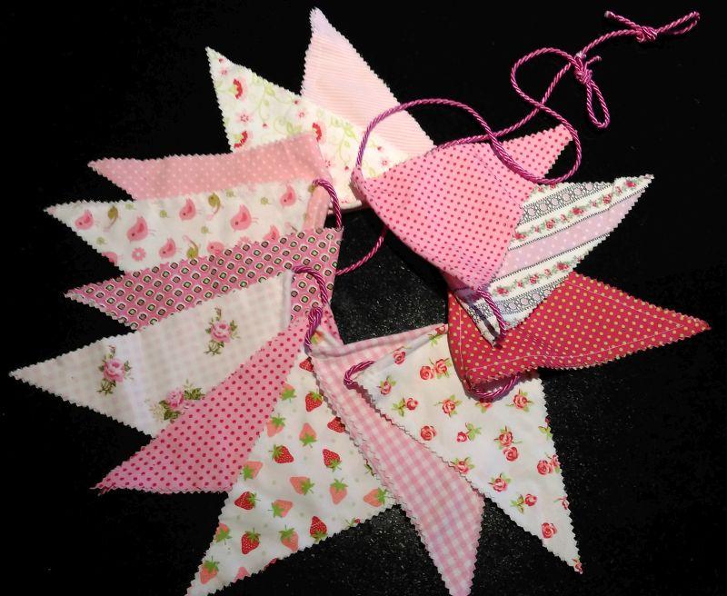 Wimpelkette weiß-rosa 20 €