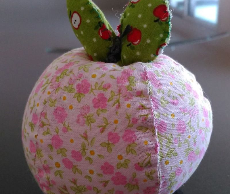 Apfel rosa Blümchen 8€