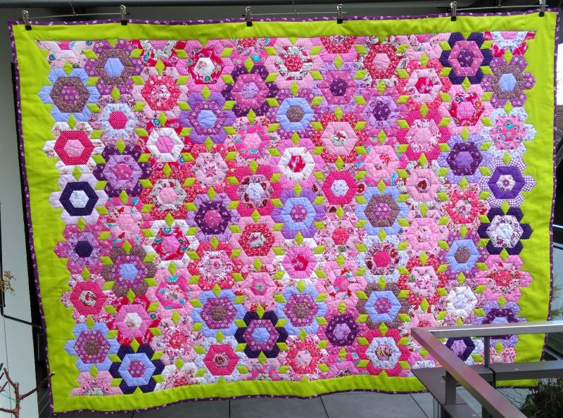 "Patchworkdecke ""Passionsblume"" 999 €  Artikel-Nr. 12-009"
