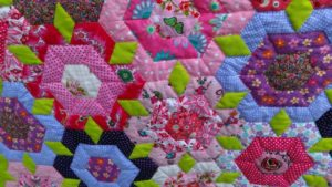 patchworkdecke-12009-24-passionsblume