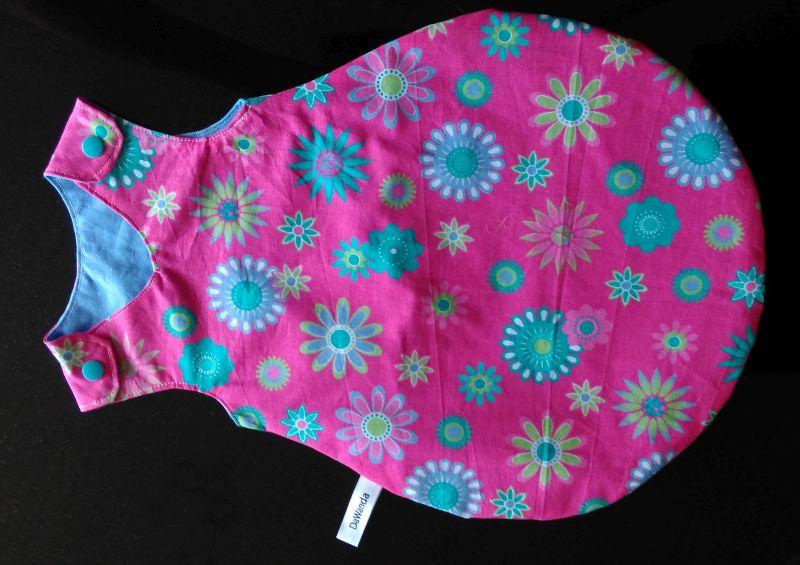 Puppenschlafsack pink mit türkisen Blumen 14 €
