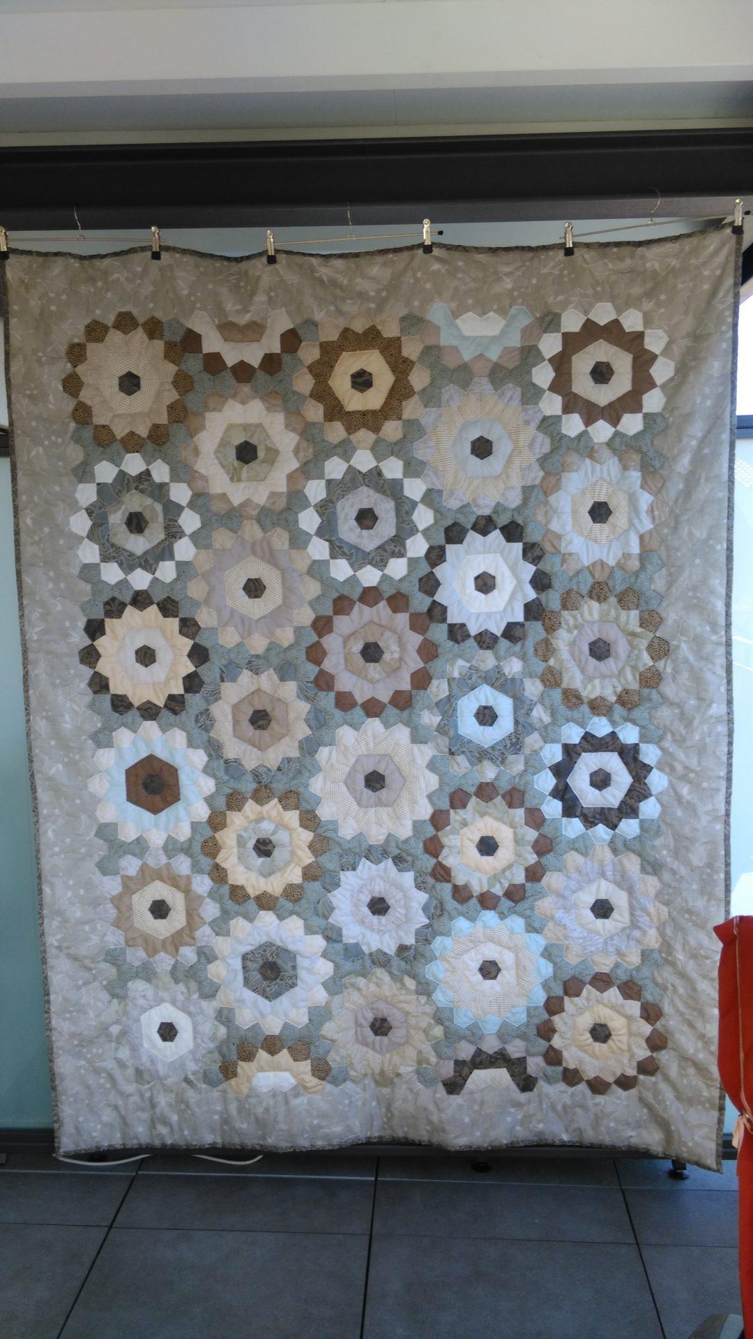 "Patchworkdecke ""Blumengruß""  ca. 160 x 210 cm"